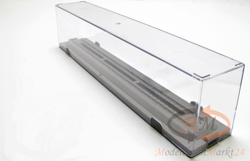 lok display vitrine glasbox mit schiene 30 cm z b f r roco modelle spur h0 neu modellbahnmarkt24. Black Bedroom Furniture Sets. Home Design Ideas