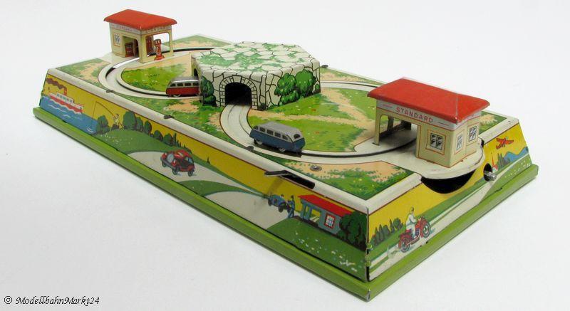 Fischer blech spielzeug busse bahn rundkurs tankstelle