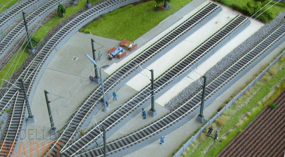 Modelleisenbahn komplettanlagen spur ho : Komplettanlage 265 5 x 103 x 40 cm oberleitung gebäude figuren