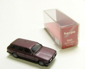 HERPA 3063 BMW 325i Touring 5-t�rig bordeaux rot Modell im Ma�stab 1:87